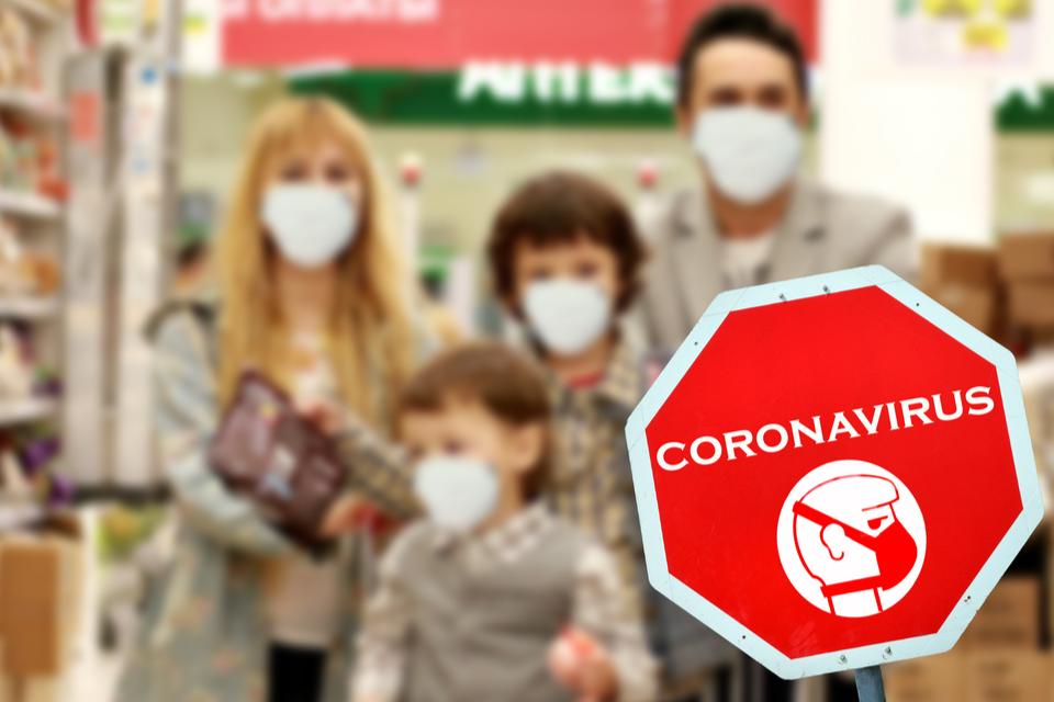 Masque : port obligatoire dans les commerces et stock préventif